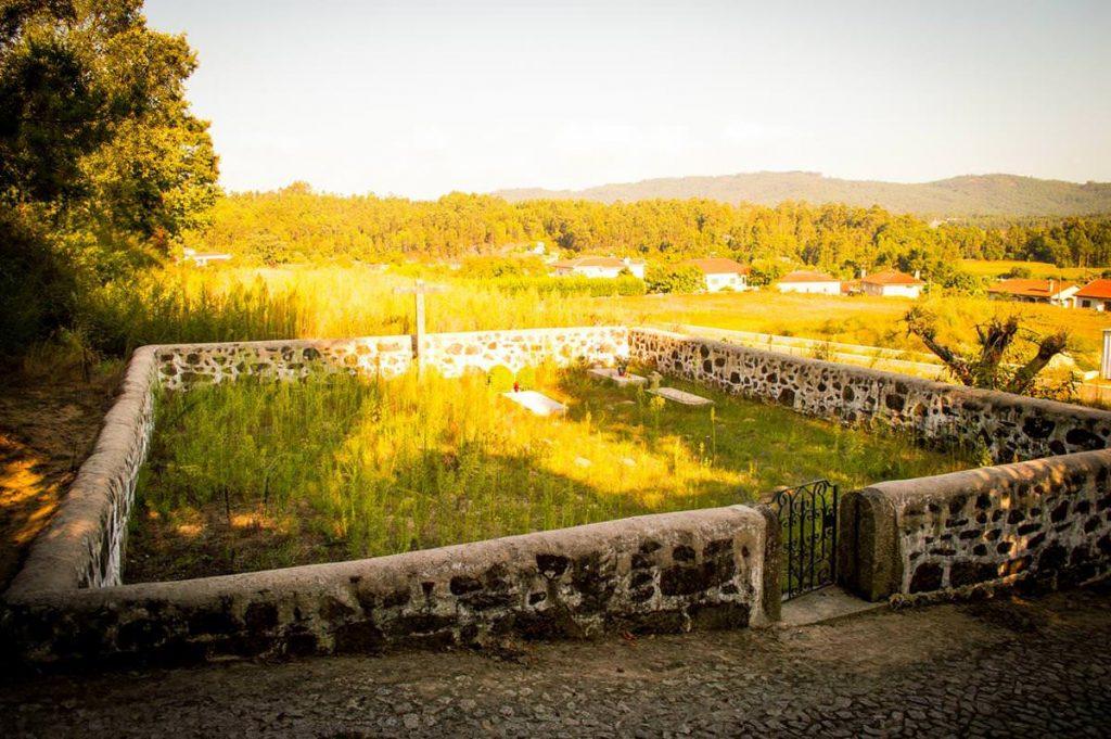 Antigo Cemitério do Couto